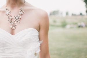 אקססוריז לכלה: כל הפריטים שיהפכו את החתונה שלך למלאה בסטייל!